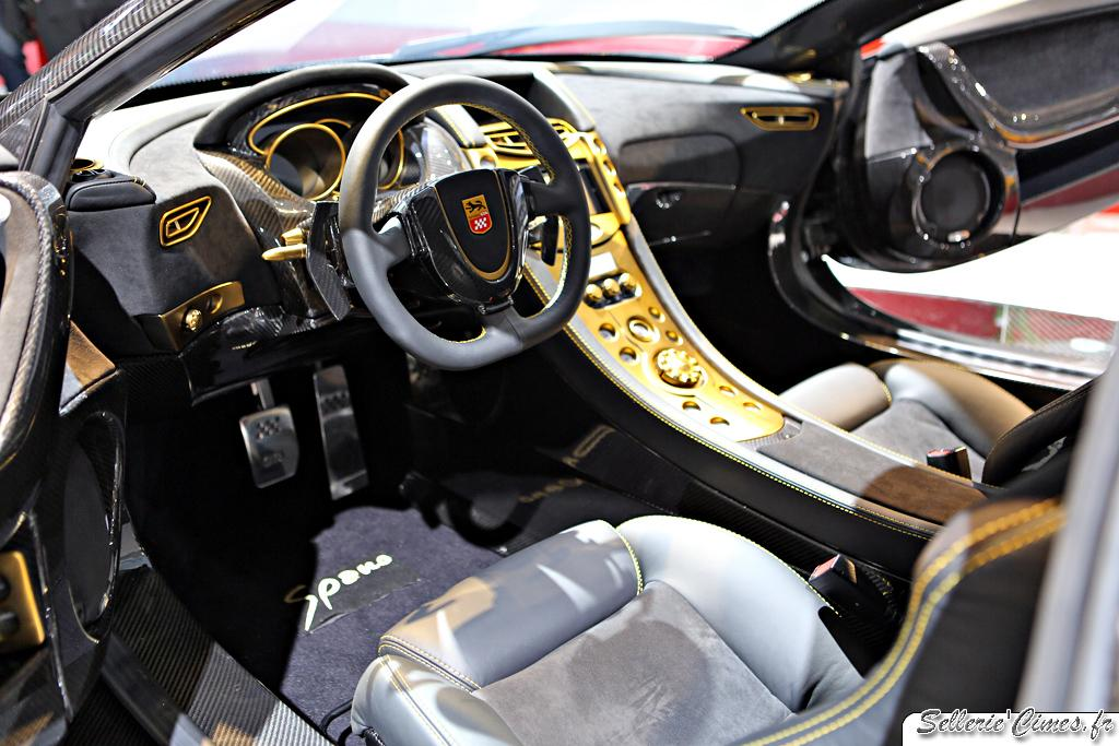 Spania GTA Spano carbon and gold 004