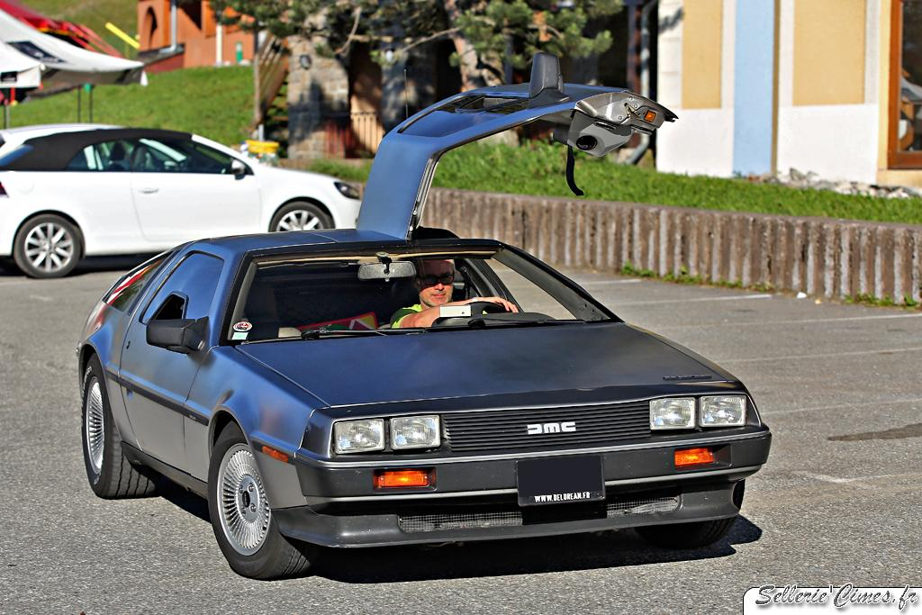 DeLorean DMC12 (1)